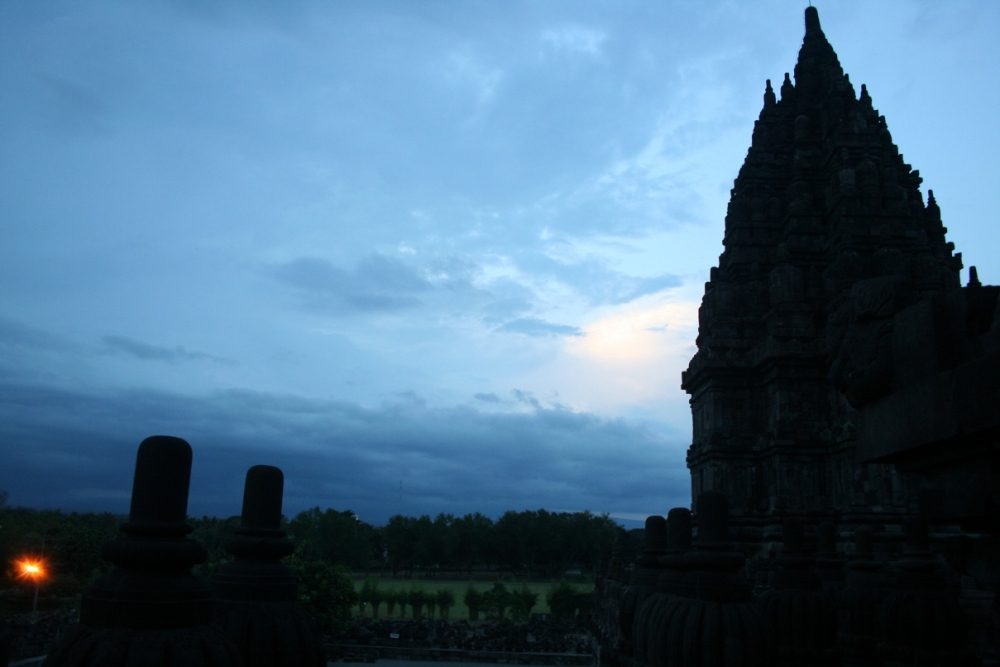 Prambanan After Sundown (5/6)