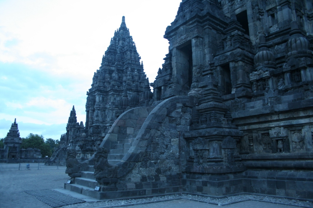 Prambanan After Sundown (3/6)