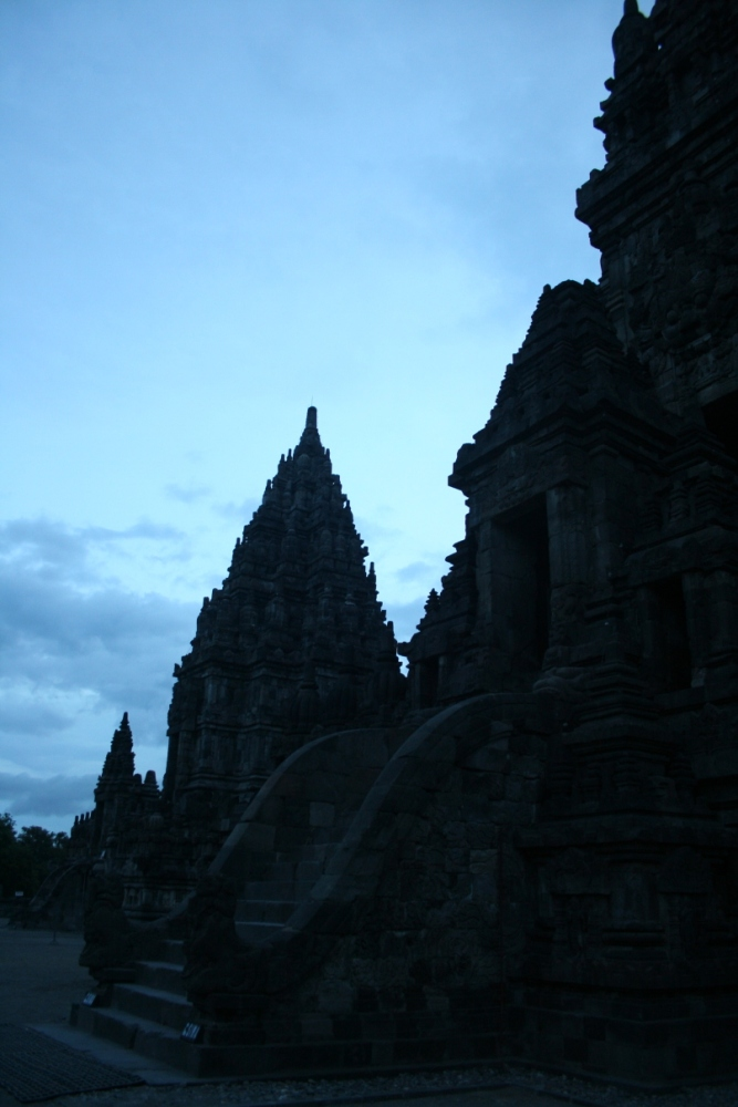 Prambanan After Sundown (2/6)