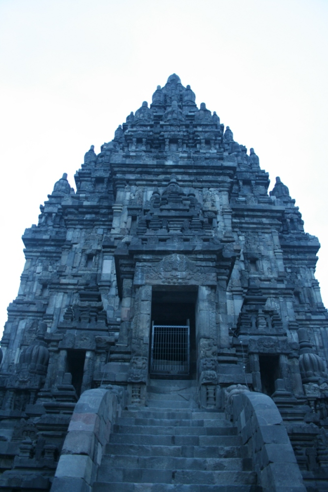 Prambanan After Sundown (4/6)